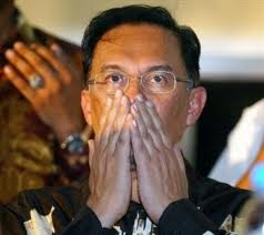 "Anwar Ibrahim - ""I don't believe I lost... it can't be!"""
