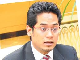 Khairy Jamaluddin - A promising politician and a new BN cabinet Minister  with a tainted past.